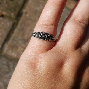 Vintage Avon sterling silver finish ring